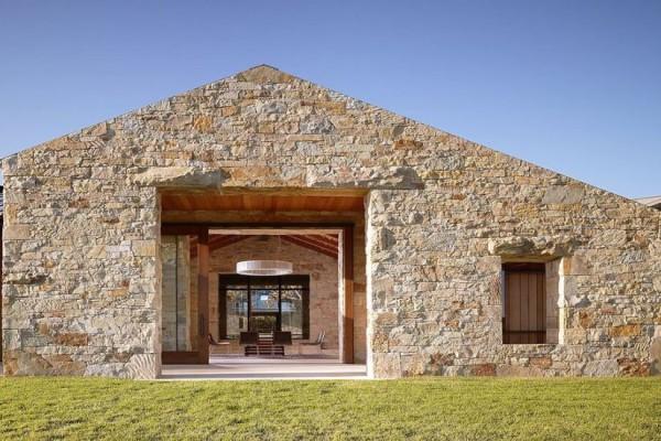 construction maison en pierre id es d coration id es. Black Bedroom Furniture Sets. Home Design Ideas