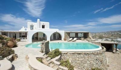 Une-15-06-villa-grecque