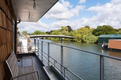 balcon - houseboat par MAA Architects - Tamise, Angleterre