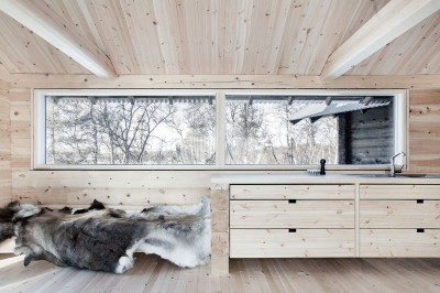 cuisine en bois - femunden par Aslak Haanhuus Arkiekter - Femund, Norvege