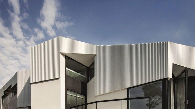 façade principale - maison exclusive par Mirag Arquitectura i GestiO - Ametlla, Espagne