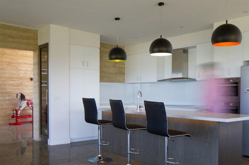 ilôt centranle de cuisine - maison bois contemporaine par Finnis Architectes - Willow Grove, Australie