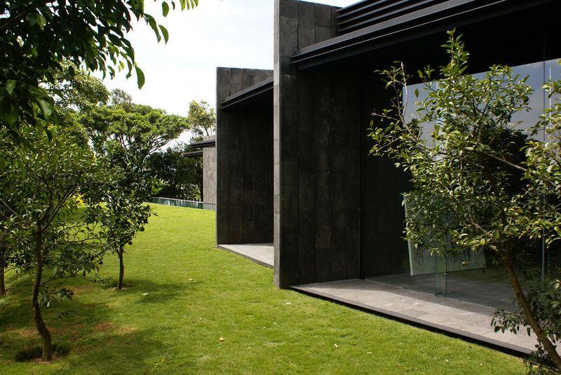 jardin entrée - casa-altamira par Joan Puigcorbé - Ciudadd Colon, Costa Rica
