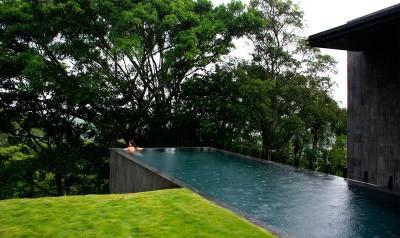 piscine - casa-altamira par Joan Puigcorbé - Ciudadd Colon, Costa Rica