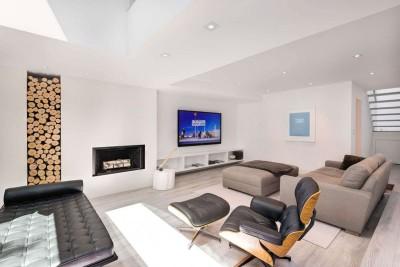 salon coin TV - Berryman-Street-Residence par AUDAX architecture - Ontario, Canada