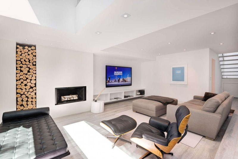 salon coin TV - Berryman-Street-Residence par AUDAX architecture - Ontario, Canada