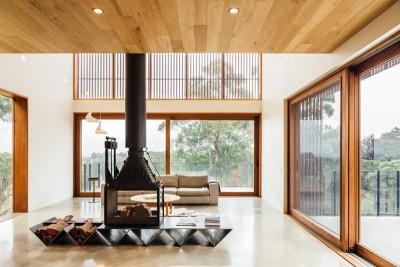 salon et cheminée - Invermar House par Moloney Architects - Ballarat, Australie