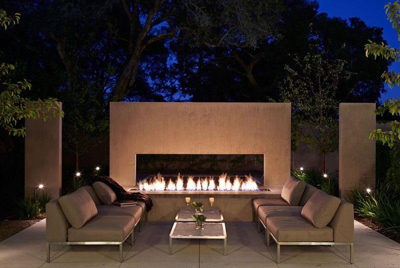 salon terrasse design & chiminée - maison exclusive par Polsky Perlstein Architectes - San Francisco, USA