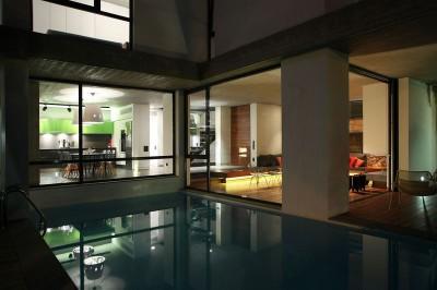 piscibe & vue séjour-salon - A&A-House par WoArchitects - Athènes, Grèce