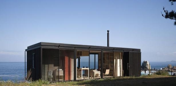Petite maison en bois contemporaine bordant l oc an au Petite maison moderne