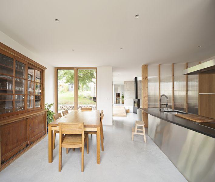 séjour & cuisine - vlb-maison-bbc par Detroit Architectes - Verrières-le-Buisson, France