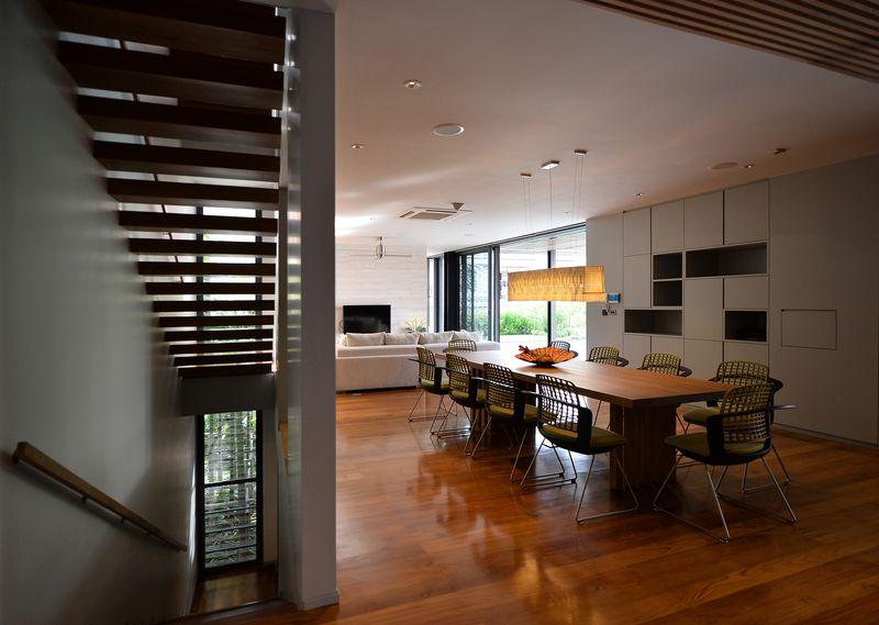 séjour & salon - Joly House par StuDO Architectes - Bangkok, Thaïlande