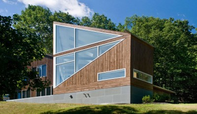 une-Lake-Drive-House-par-martin-holub-architects