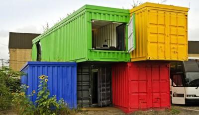 une-maison-container-par-Vedat-Ulgen&Deger-Cengiz
