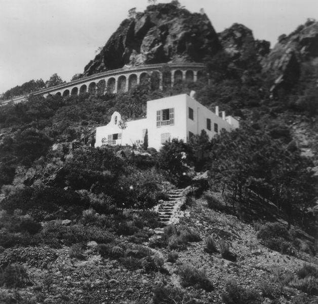 villa en 1926 avant rénovation - villa-le-trident 4a Architekten - Théoule-sur-Mer, France