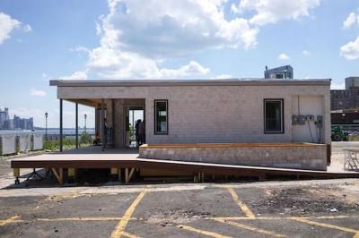 façade accès côté - Sure house par Institut de Technologie de Stevens, Usa