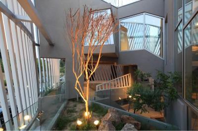 jardin intérieur - Kyeong Dok Jai par Uroje Khm Architects - Corée du Sud