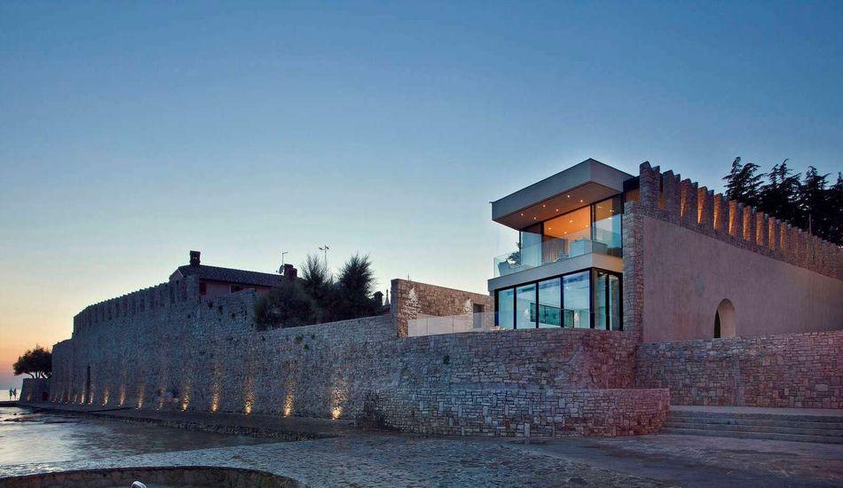 Ancienne Maison Medievale Renovee En Villa De Luxe En Croatie Construire Tendance