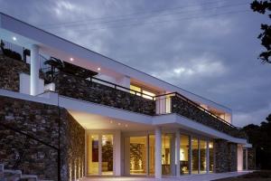 Studiorossi secco construire tendance - La contemporaine villa k dans les collines de nagano au japon ...