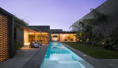 une-Barrancas-House-par-Ezequielfarca-Architecture-&-Design
