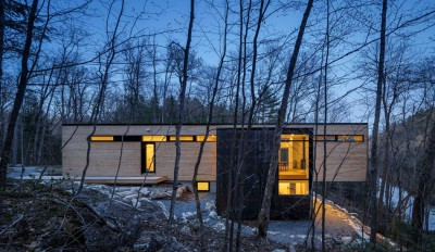 une-Holiday-Home-Hangs-par-Christopher-Simmonds-Architects