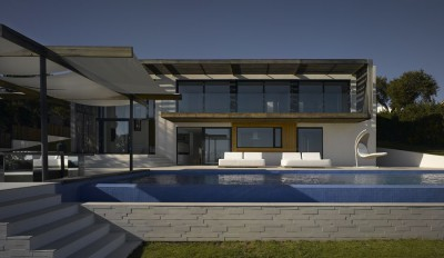 une-Villa-Brash-par-Jak-Studio