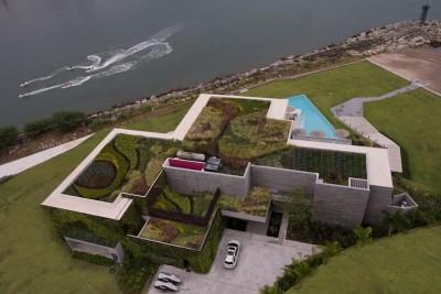 vue aérienne toiture végétalisée - luxury residence par Ezequiel Farca - Marina de Puerto Vallarta, Mexique