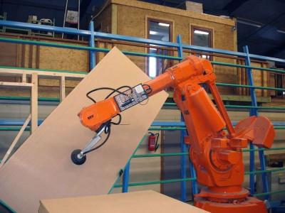 168867-notre-ligne-de-production-robotisee-c4300d-large-1432822442