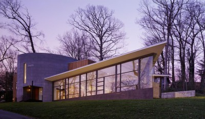 Une-Hargrave-Residence-par-Robert-M-Gurney-Architect