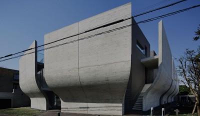 Une-maison-urbaine-par-Artechnic