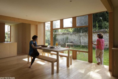 mini salon & vue jardin - House-The-Grove par Arba - France