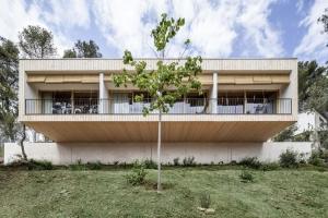 Alventosa morell arquitectes construire tendance - La contemporaine villa k dans les collines de nagano au japon ...