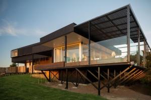Chili construire tendance - La demeure moderne gb house par mmeb architects ...