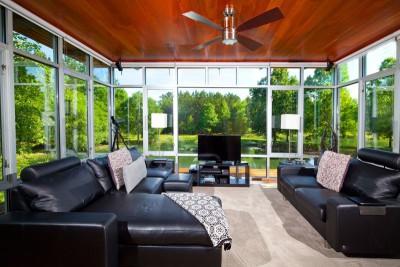 salon - Pond-House par Holly-Smith-&-Architectes - Louisiane, USA