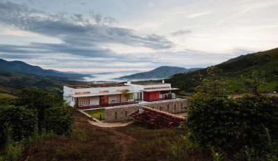 Une-Dom-Vicoso-House-par-Brasil-Arquitetura