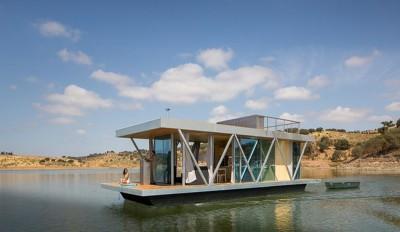 Une-floating-house-par-Friday