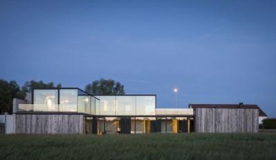 Une-Graafjansdijk-House-par-Govaert-&-Vanhoutte-Architects