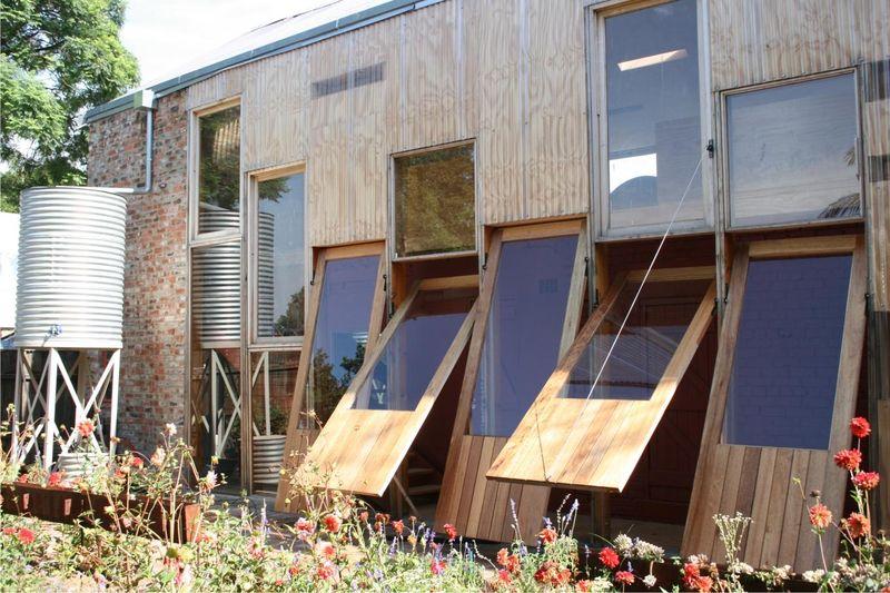 ouvertures vitrées - Red-House par Kate Otten Architectes - Afrique du Sud