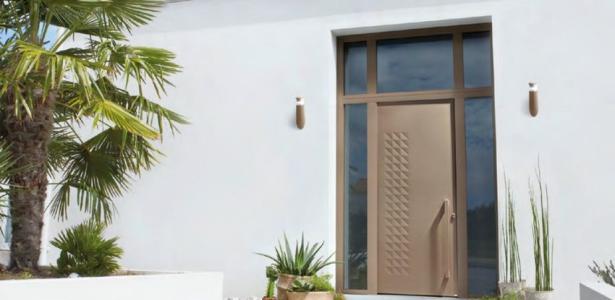 bel m nouvelle gamme de portes d entr e aluminium paisseur 80 mm construire tendance. Black Bedroom Furniture Sets. Home Design Ideas