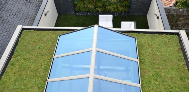 la v randa nouvelle extanxia se met au vert gr ce au toit. Black Bedroom Furniture Sets. Home Design Ideas
