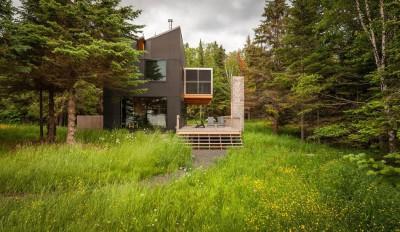 Une-Lake-House-par-David-Salmela