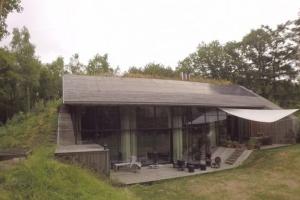 maison semi enterree construire tendance part 2. Black Bedroom Furniture Sets. Home Design Ideas