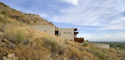 façade semi-enterrée - Mountain-Residence par Chen Suchart Studio - Arizona, USA