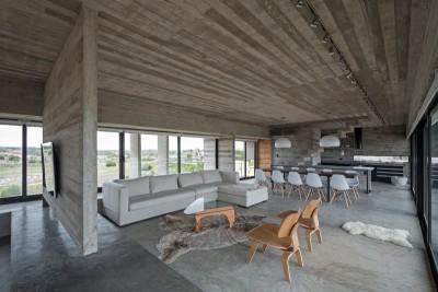 pièce de vie - House-three-forms par Luciano Kruk - Buenos Aires, Argentine