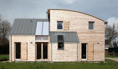 Maison bois contemporaine par Patrice Bideau - Atypique - Morbihan, France