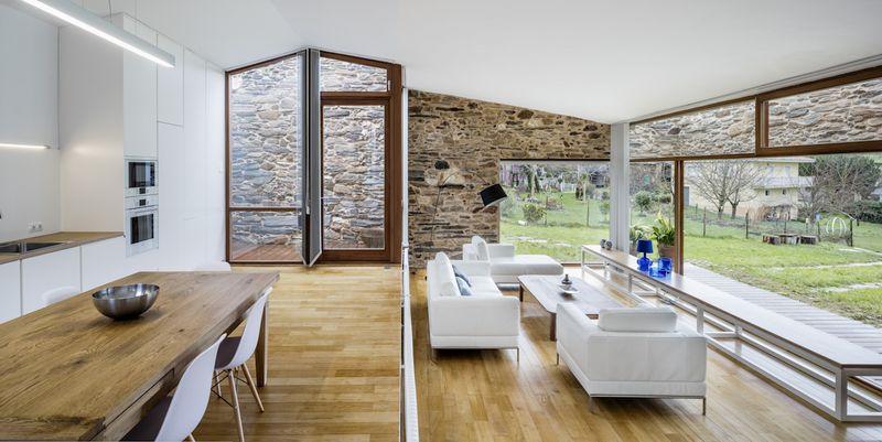 pièce de vie - House-Without-Windows par Cubus - Lugo, Espagne