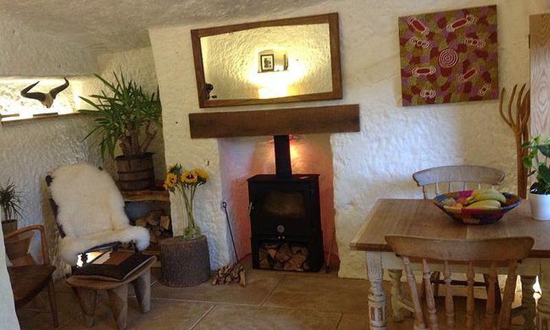 séjour & cheminée - The-Rockhouse-Retreat - Worcestershire, Angleterre