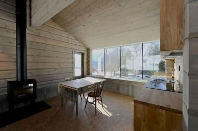 salle séjour & cheminée design - Cozy-Wooden-Cottage par JVA - Oppdal, Norvège