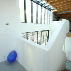Escalier accès étage - Twin-Blade par NIO Architecten - Amsterdam, Hollande