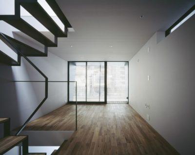 Espace niveau supérieur - Nest par Apollo-Architects - Nagoya, Japon